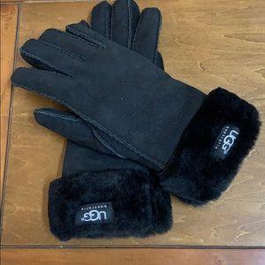 UGG sheepskin glove